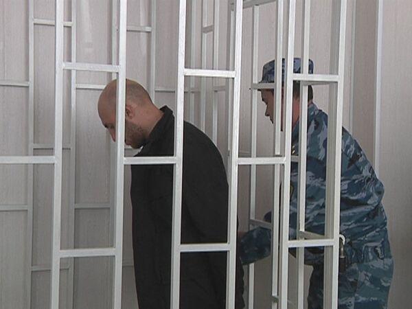Обвиняемый в причастности ко взрыву во Владикавказе Юсуп Дзангиев в зале суда