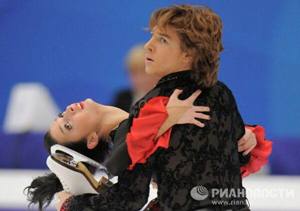 Ксения Монько и Кирилл Халявин (слева направо)