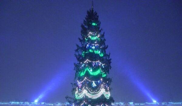 Санкт-Петербург украшен к Новому году