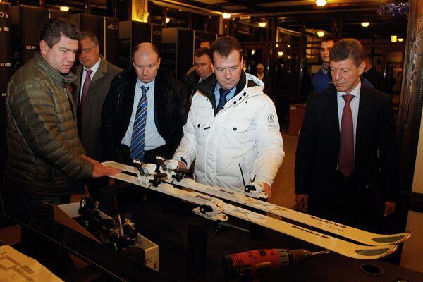 Президент РФ Дмитрий Медведев осмотрел олимпийские объекты в Сочи