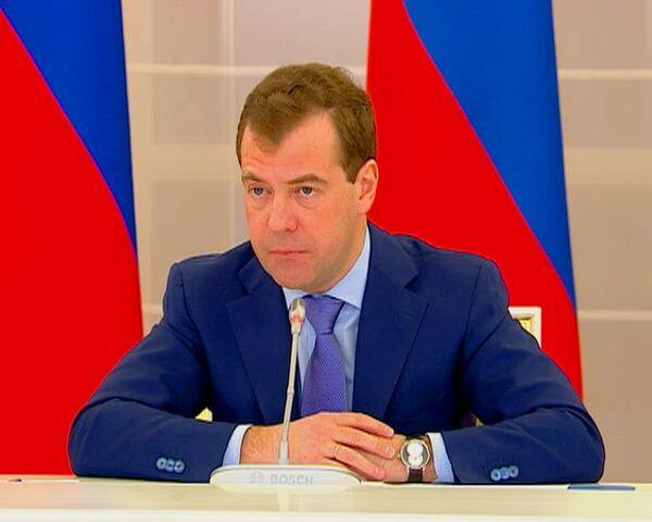 Медведев: особое внимание к русской культуре в России – это нормально
