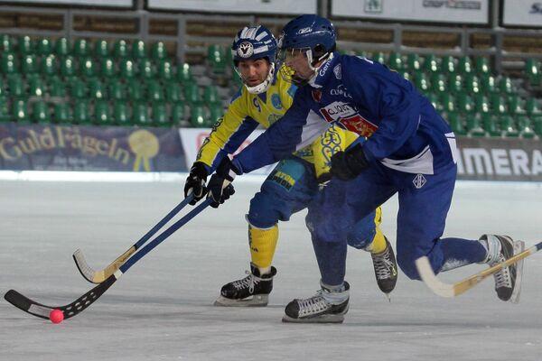 Игровой момент матча Финляндия - Казахстан