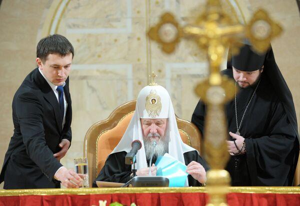 Патриарх Московский и всея Руси Кирилл перед началом открытия Архиерейского Собора Русской Православной Церкви