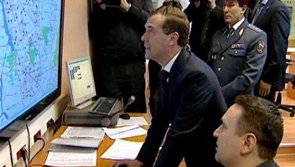 Медведеву в УВД по Северному округу Москвы показали машину времени