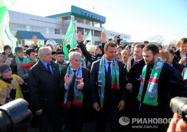 Прилет главного тренера ФК Терек Руда Гуллита в Грозный