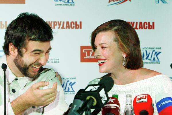 Иван Ургант и Милла Йовович