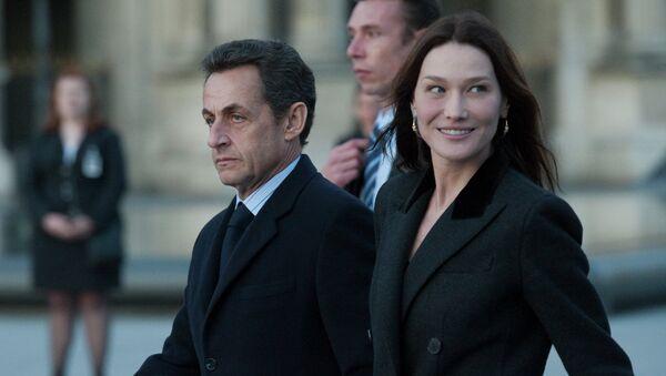Николя Саркози с Карлой Бруни. Архивное фото