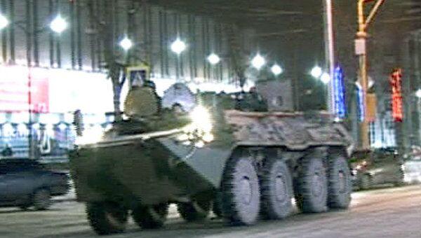 Боевики обстреляли объекты МВД и ФСБ в Нальчике. Видео с места событий
