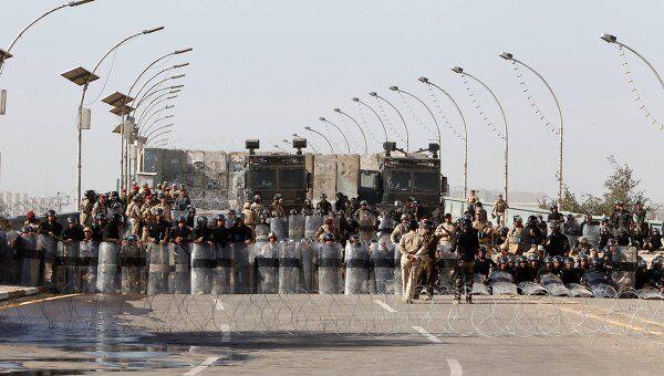 Военные на площади Тахрир в Каире 4 марта