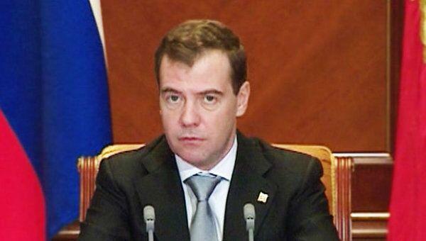 Медведев призвал обновлять Гражданский кодекс без дурацких изменений