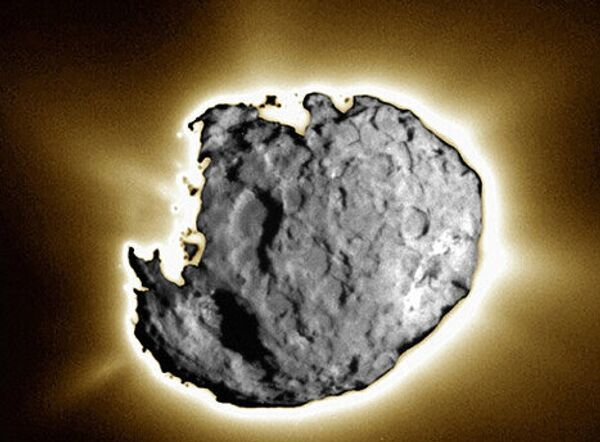 Зонд Stardust сделал снимки кометы Wild 2