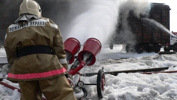 Сотрудник пожарно-спасательного подразделения МЧС. Архивное фото