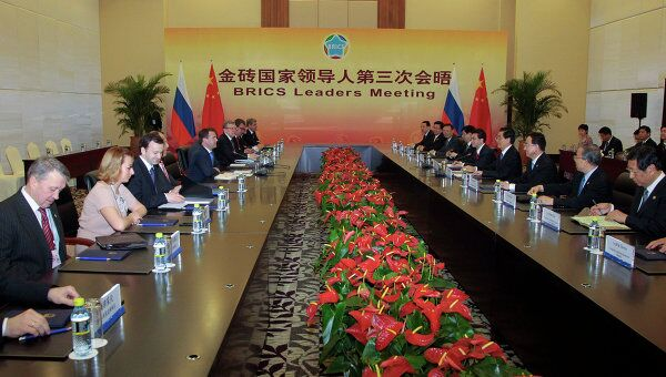 Президент РФ Д.Медведев встретился с председателем КНР Ху Цзиньтао