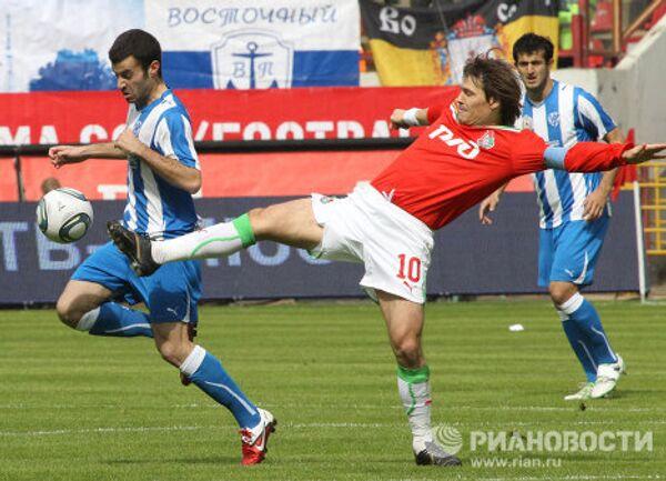 Игровой момент матча Локомотив - Волга