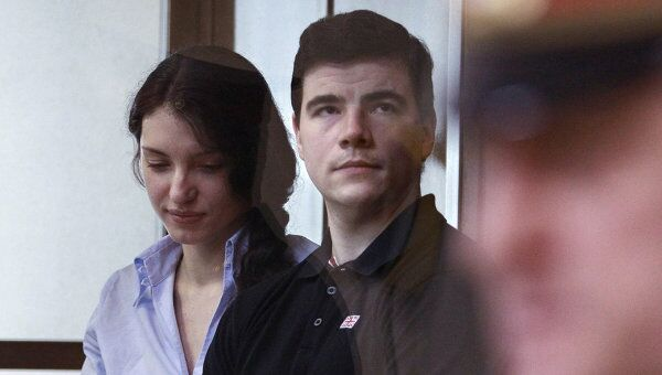 Оглашение приговора Никите Тихонову и Евгении Хасис