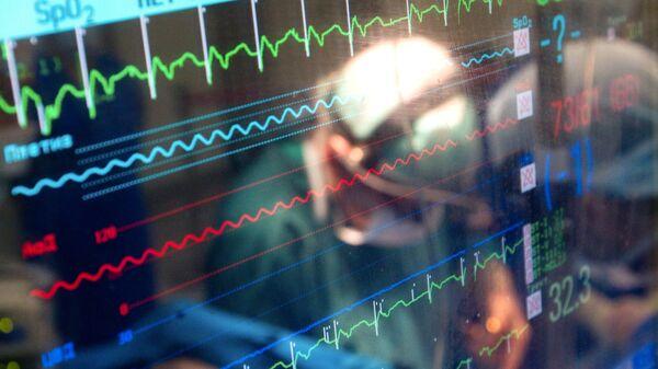Операция по имплантации сердечного клапана в Научном центре сердечно-сосудистой хирургии им. А.Н. Бакулева