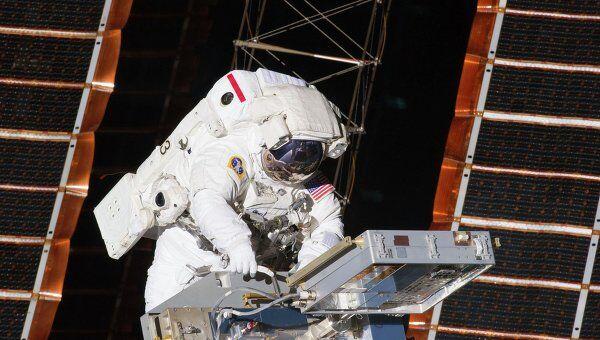 Выход астронавтов NASA в открытый космос