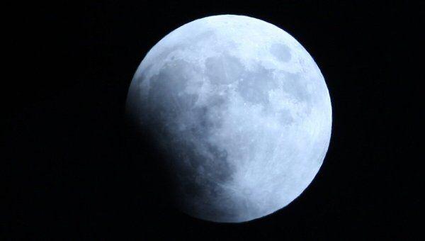 Лунное затмение в Арбаских Эмиратах