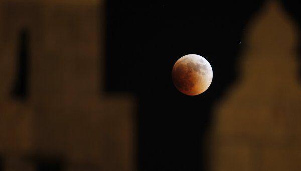 Лунное затмение в Израиле