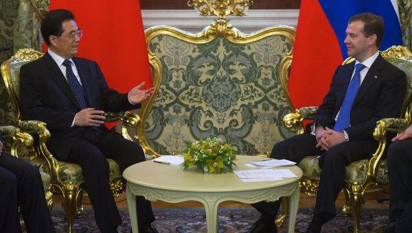 Президент РФ Д.Медведев принял в Москве председателя КНР Ху Цзиньтао
