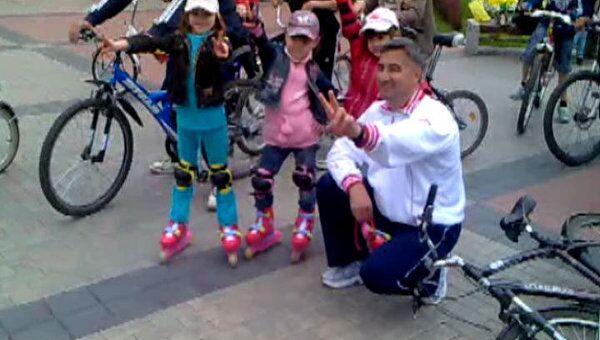 Василь Шайхразиев рассказал молодежи, как правильно делать зарядку