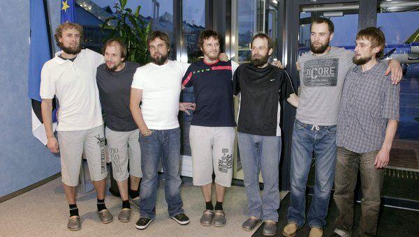Возвращение в Эстонию семерых освобожденных в четверг эстонских велотуристов