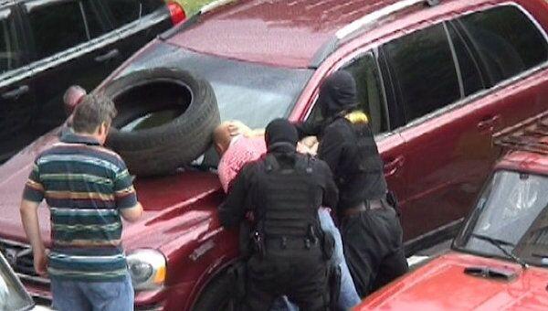 Задержание сотрудника ПФР, подозреваемого в педофилии. Оперативное видео