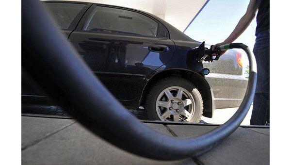 ФАС намерена в течение недели возбудить антимонопольные дела против четырех крупнейших нефтяных компаний по оптовым ценам на нефтепродукты