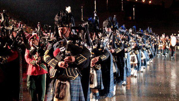 Королевский фестиваль военных оркестров (The Royal Military Tattoo) в Эдинбурге