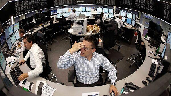 Торги немецкой фондовой биржи DAX во Франкфурте. Архив