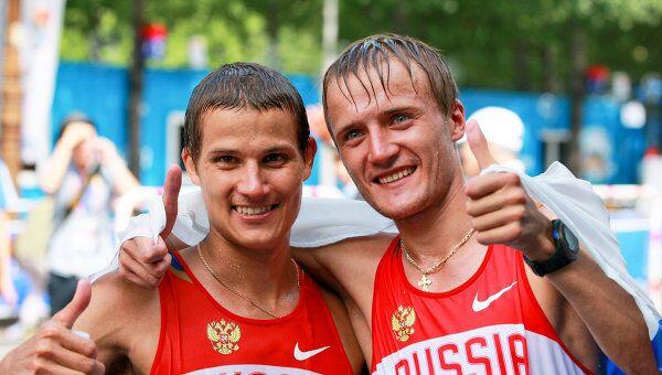 Владимир Канайкин и Валерий Борчин (слева направо)
