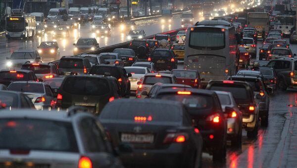 Автомобильные пробки в Москве. Архив