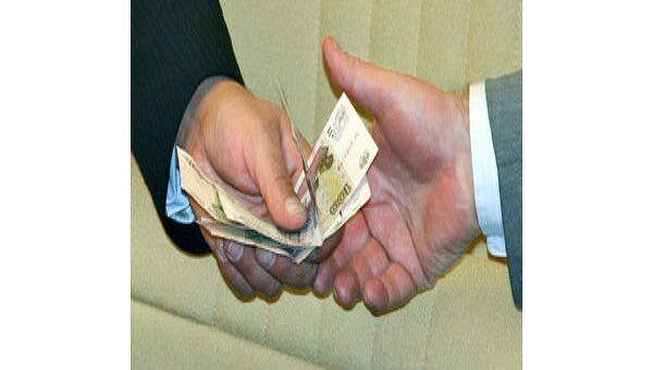Чиновник в Крыму лишился всего имущества за взятку