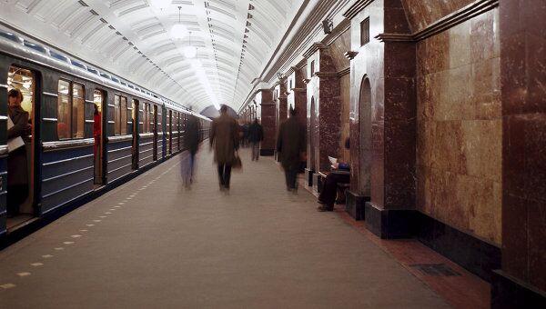 Станция метро Красные ворота в Москве. Архив