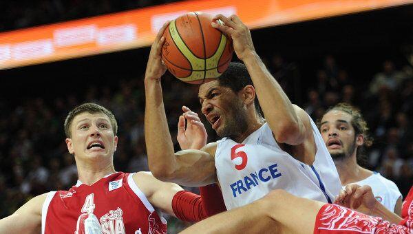 Игровой момент матча Франция - Россия