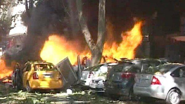 Теракт в многолюдном районе Анкары. Видео с места происшествия