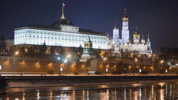 Вид на Кремлевскую набережную. Архивное фото