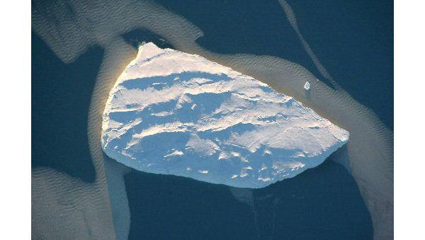 Китайские ученые исследуют антарктическое побережье в районе гор Гров