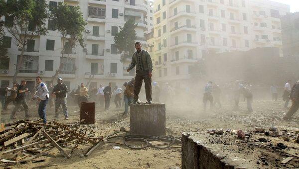 Столкновения сторонников и противников Хосни Мубарака в Каире