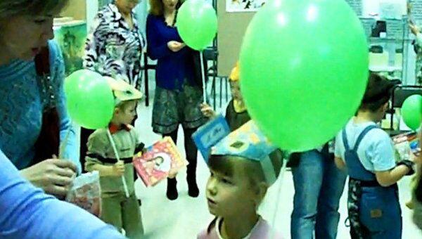 Наряд для медвежонка и меню для белочки на детском празднике в Вологде