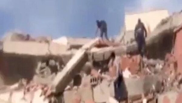В Турции произошло землетрясение магнитудой 7,2, погибли 217 человек