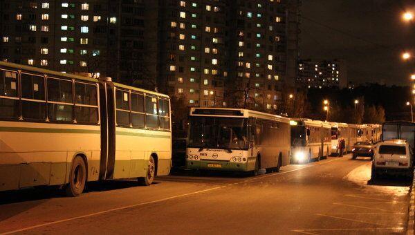 Десятки автобусов попали в пробку в результате аварии на юге Москвы