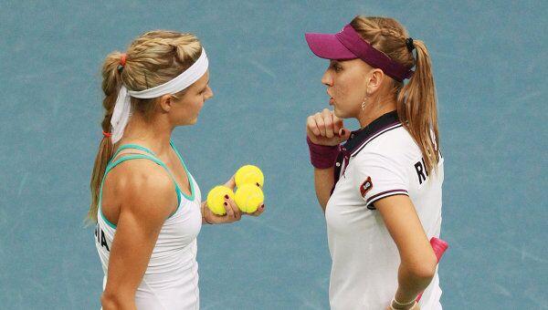 Мария Кириленко и Елена Веснина (слева направо)