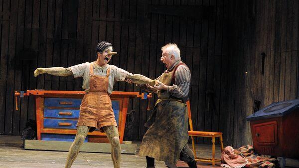 Сцена из детской оперы Приключения Пиноккио в музыкальном театре имени Наталии Сац