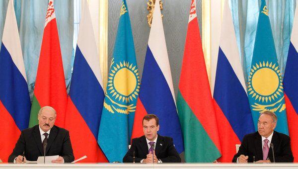 Встреча Д.Медведева, А.Лукашенко, Н.Назарбаева в Кремле. Архив