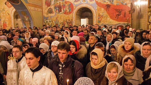 Рождество Христово в Богоявленском Кафедральном соборе в Томске, архивное фото