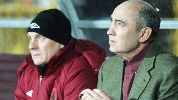 Курбан Бердыев (справа)