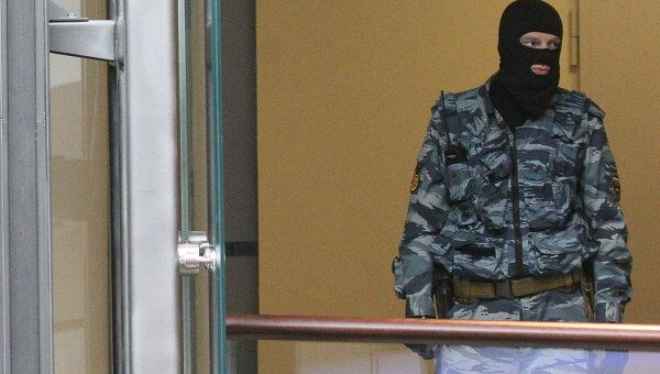 Оперативник департамента экономической безопасности МВД России