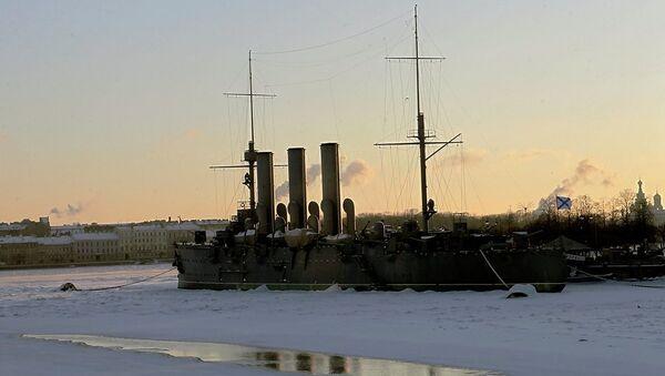 Крейсер Аврора зимой