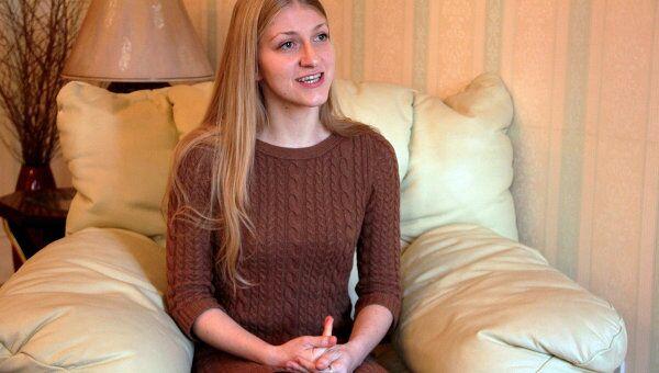 Катя Затуливетер во время интервью РИА Новости